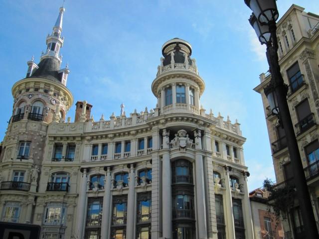 Spanish Grammar: The Verb ESTAR with Location