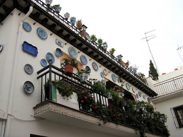Spanish Vocabulary: Home Exterior