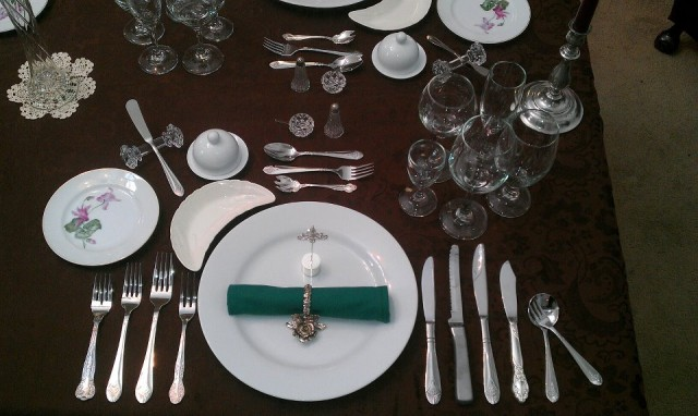 Spanish Vocabulary: Utensils and Place Settings