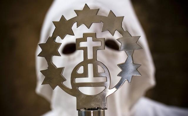 Folium: Holy Week - The Big Picture via Boston.com