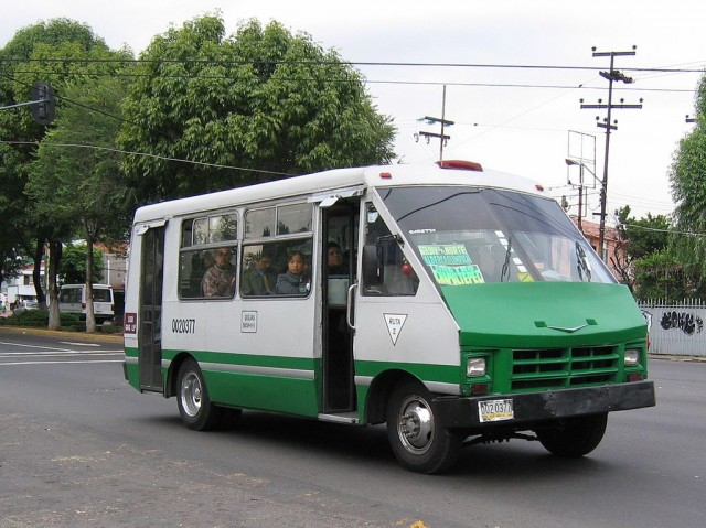 Spanish Reading Selections: Mexico City Bus Systems