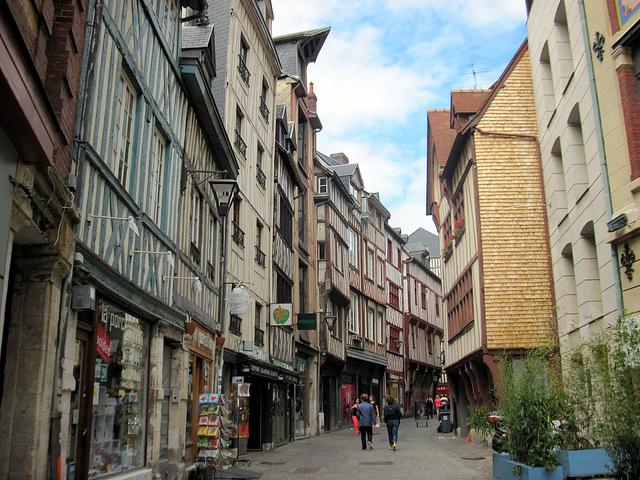 French Grammar: The Preposition [DE]