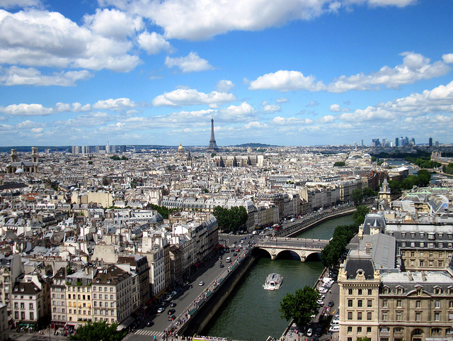French Vocabulary: Places in the City – Government Offices